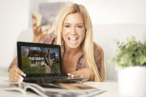image-auction-sale-laptop
